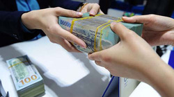 Nhiều 'ông lớn' ngân hàng đồng loạt giảm lãi suất huy động: Phía sau là gì?