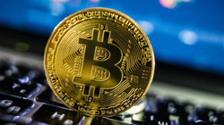 """Giá Bitcoin sắp """"lên đỉnh"""" trở lại?"""