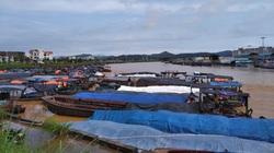 """Quảng Ninh: """"Dò dẫm"""" tìm đường cho xuất nhập khẩu tại Móng Cái"""