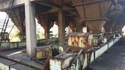 Cảnh hoang phế bên trong dự án Gang thép Thái Nguyên