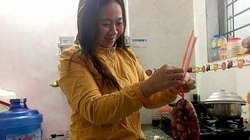 Bắc Kạn: Thịt lợn tăng, giá lạp xưởng vọt cao không tưởng