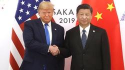 """Bắc Kinh hứa thực hiện thỏa thuận giai đoạn 1 khi căng thẳng Mỹ Trung nóng lên: chiêu bài """"vừa đấm vừa xoa"""""""