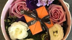 Bó hoa bán giá 90 triệu đồng ngày Valentine, bên trong có gì?
