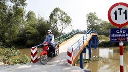 Cây cầu xây từ nắp chai bia