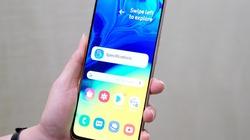 Galaxy A80 camera xoay trượt giá từ 14 triệu đồng, bán giữa tháng 5