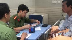 Bệnh nhân được cấp hộ chiếu ngay tại giường bệnh để ra nước ngoài điều trị