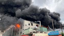 Clip cháy lớn ở Khu công nghiệp Việt Hương 1, tỉnh Bình Dương