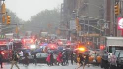 Trực thăng rơi, khói bốc lên từ nóc nhà cao tầng New York