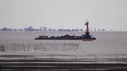 Thành phố 'bí ẩn' nổi lên từ hồ nước ở Trung Quốc gây xôn xao