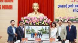 Quảng Ninh: Hàng loạt lãnh đạo tỉnh nhận quyết định nghỉ hưu