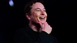 """""""Dị nhân"""" Elon Musk và những công việc kỳ lạ trước khi trở thành ông chủ Tesla và SpaceX"""