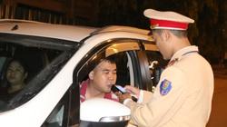 Yên Bái: 2 lái xe vi phạm nồng độ cồn bị phạt 35 triệu đồng tước bằng lái 23 tháng.
