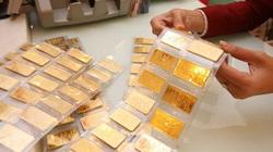 Giá vàng chiều 1/10 bất ngờ tăng mạnh, vượt 56 triệu đồng/lượng