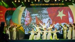 Chương trình nghệ thuật Tự hào Việt Nam năm 2020 khiến khán giả vỡ òa