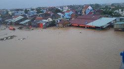 Quảng Nam: Hàng trăm ngôi nhà ở TP.Hội An chìm trong biển nước