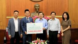 Tập đoàn Ecopark ủng hộ đồng bào nghèo miền Trung 5 tỷ đồng khắc phục hậu quả bão lũ