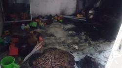 Nghịch lửa trong căn phòng khóa trái, bố mẹ đau đớn khi 2 con trai nhỏ chết thảm