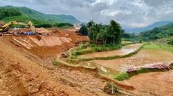 """Quảng Ngãi: Dự án khẩn 77 tỷ """"phủ"""" đất sỏi xuống đầy ruộng lúa của dân"""