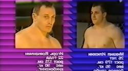Clip: Đòn khóa bí ẩn của võ sĩ MMA Nga khiến đối thủ gãy cổ
