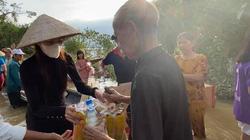 Người mạo danh Facebook ca sĩ Thuỷ Tiên chiếm tiền từ thiện có bị xử phạt?