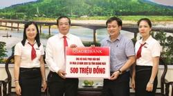 Quảng Ngãi: Agribank trao 500 triệu đồng ủng hộ khắc phục lũ lụt
