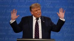 """Trump """"nổi đóa"""" vì thông tin bị Joe Biden dẫn trước ở các bang chiến trường"""
