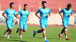 Bị nợ tiền lót tay, cầu thủ Sanna Khánh Hòa lại đình công