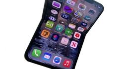 Apple gây sốt với chiếc iPhone màn hình gập tự phục hồi, chữa lành vết xước