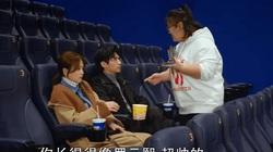 """Mỹ nam Trung Quốc tình tứ với gái đẹp trên phim, trợ lý có màn """"cà khịa"""" siêu mặn mòi"""