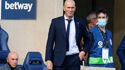 """Real Madrid lại thắng, HLV Zidane nói gì về """"bóng đá ru ngủ""""?"""
