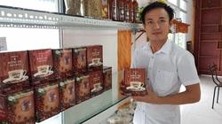"""Điện Biên: Ông nông dân đẹp trai trồng cà phê ở nơi """"bất ngờ"""" làm ra thứ cà phê uống chất lừ"""