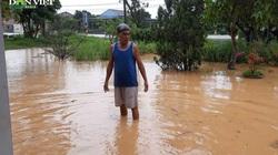 Quảng Trị: Nhiều nhà dân bị ngập nặng do mưa lớn