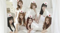 Black Pink và loạt sao Hàn biến tấu hình ảnh y tá gợi cảm quá đà, câu view rẻ tiền gây nhức mắt, phẫn nộ