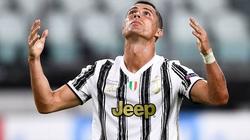 """Nhà của Cristiano Ronaldo bị trộm đột nhập, lấy đi món đồ cực """"dị"""""""