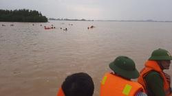 Nghệ An: Tìm thấy thi thể học sinh lớp 12 trên cánh đồng nước lũ