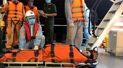 Bão số 12: Đưa thuyền viên nước ngoài gặp nạn về cảng Nha Trang