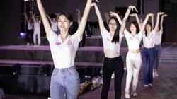 Top 35 Hoa hậu Việt Nam 2020 tổng duyệt Người đẹp thời trang trên sân khấu dài 40m trước giờ G