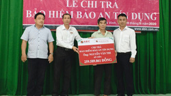 Trà Vinh: Agribank huyện Trà Cú chi trả quyền lợi Bảo hiểm Bảo an tín dụng cho khách hàng