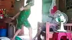 Truy tố người phụ nữ bạo hành dã man mẹ ruột