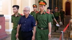 Những hình ảnh đầu tiên về phiên tòa xét xử sơ thẩm vụ án ông Trần Phương Bình và 11 đồng phạm