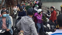 Hà Nội: Cãi vã với người phụ nữ, người đàn ông bất ngờ nhảy xuống sông Hồng tự tử