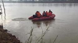 Ra trực cùng vợ lái đò chở khách, chồng rơi xuống sông đuối nước