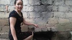 """Thái Nguyên: """"Độ chế"""" bếp Hoàng Cầm thành lò úm gà kiểu mới lạ, khỏe gà mà bà nông dân này còn khỏe hơn"""