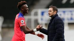 Chelsea đả bại Newcastle chiếm ngôi đầu bảng, HLV Lampard  nói gì?