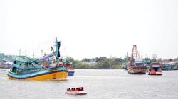 Một chủ tàu cá tỉnh Kiên Giang bị UBND tỉnh Cà Mau ra quyết định xử phạt hành chính 400 triệu đồng vì lỗi gì?