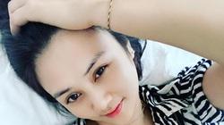 """Hoa khôi bóng chuyền Kim Huệ """"hở bạo"""", """"đốt mắt"""" các fan"""