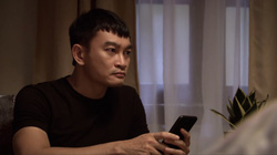 Lửa ấm tập 42: Minh đòi ly hôn khi thấy Thủy vào khách sạn với Khánh