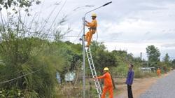 PC Đắk Lắk: Nhiều hoạt động tri ân khách hàng tại  xã biên giới Ia R'vê