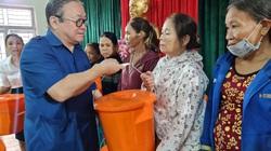Chủ tịch TƯ Hội Nông dân Việt Nam trao hơn 1.500 bộ đồ dùng thiết yếu cho nữ hội viên Quảng Nam
