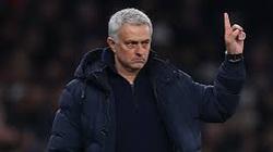 Tottenham thắng dễ tại Europa League, Mourinho bất ngờ tỏ ra khiêm tốn